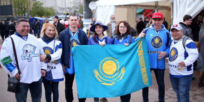 """""""С каждым годом всё больше и больше болельщиков"""". Второй выпуск видеоблога из Киева"""