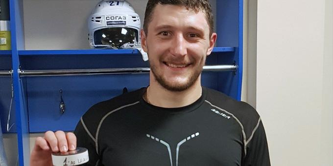 Хоккеист «Авангарда» Лемтюгов попал вреанимацию после матча с«Барысом»