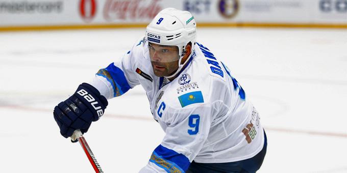 Найджел Доус стал вторым в истории КХЛ игроком, покорившим отметку в 35 голов в двух сезонах
