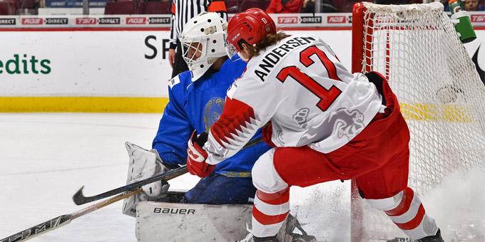 """Демид Еремеев: """"Скауты НХЛ ещё не связывались, тренеры забрали телефоны"""""""