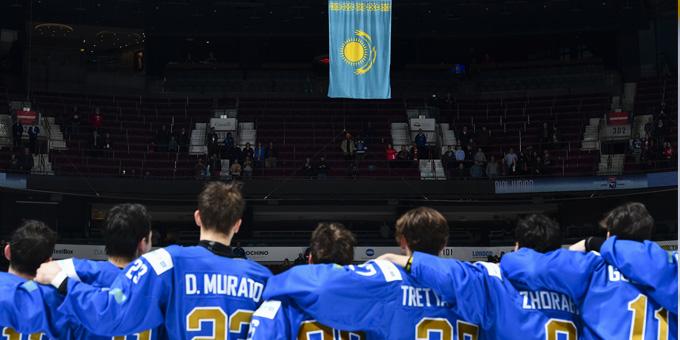 Вопрос знатокам | Почему молодёжная сборная Казахстана лучше взрослой?