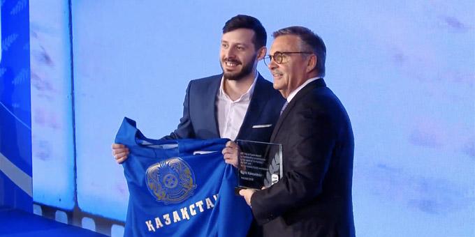 Борис Александров официально введён в Зал славы ИИХФ