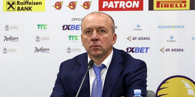 Андрей Скабелка остаётся у руля сборной Казахстана как минимум до чемпионата мира