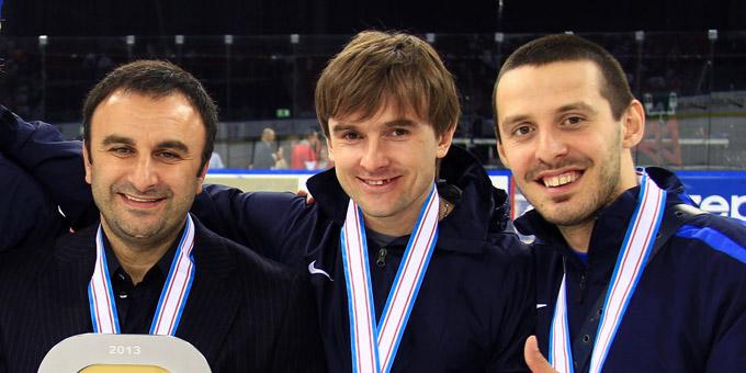 Шуми Бабаев взял в помощники легендарного казахстанского хоккеиста