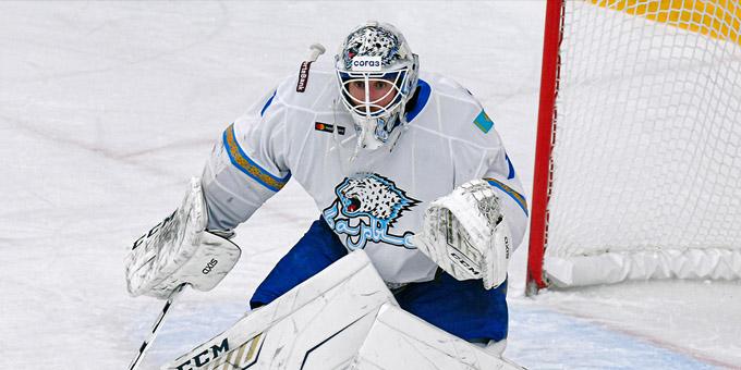 Хенрик Карлссон провёл 300 матчей в КХЛ