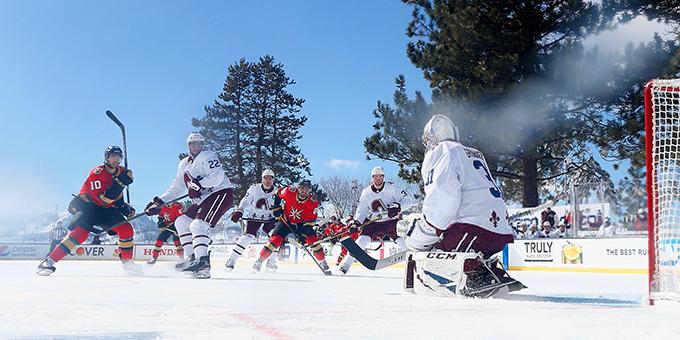 """Матч НХЛ """"Колорадо"""" - """"Вегас"""" на озере Тахо перенесен из-за проблем со льдом"""