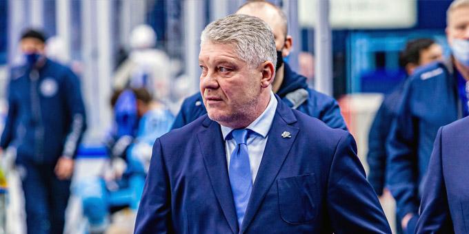 """Юрий Михайлис: """"Это мой первый сезон в КХЛ, было очень тяжело, но мы выполнили задачу и попали в плей-офф"""""""