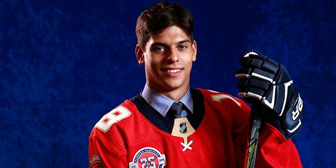 Григорий Денисенко дебютировал в НХЛ