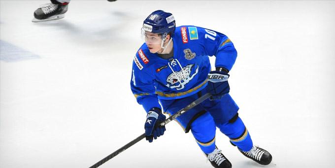 Никита Михайлис провёл 300 матчей в КХЛ