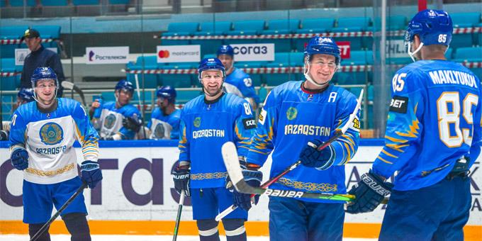 Сборная Казахстана провела двусторонний матч перед выездом в Ригу