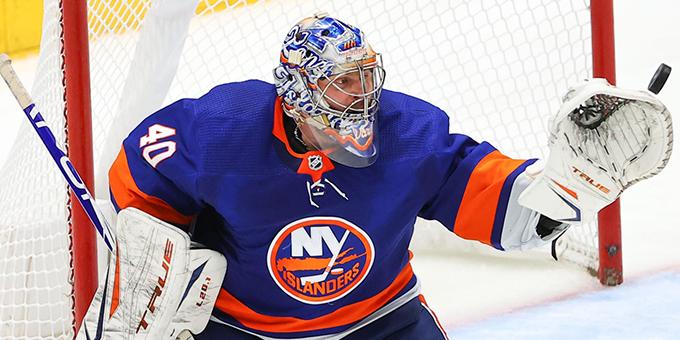 Семён Варламов стал четвёртым российским голкипером в НХЛ, одержавшим 30 побед в плей-офф