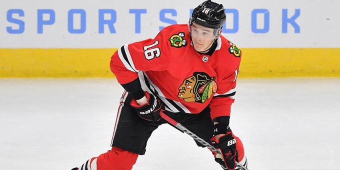 "Никита Задоров просил у ""Чикаго"" пятилетний контракт и зарплату $ 5,8 млн. Клуб отказал хоккеисту"