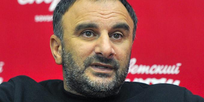 """Шуми Бабаев: """"У Романа Савченко были предложения в КХЛ, но он сам хотел вернуться домой"""""""