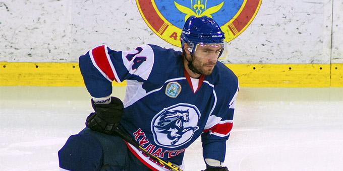 Анатолий Васильев завершил игровую карьеру